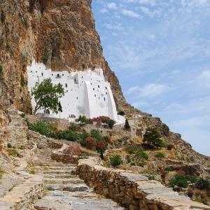 monastery-of-hozoviotissa-amorgos